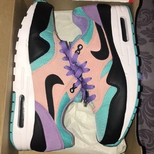 Have a Nike day Airmax 1